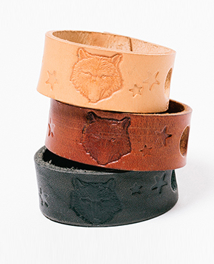 She wolf wrist band - Golden Bear Belts